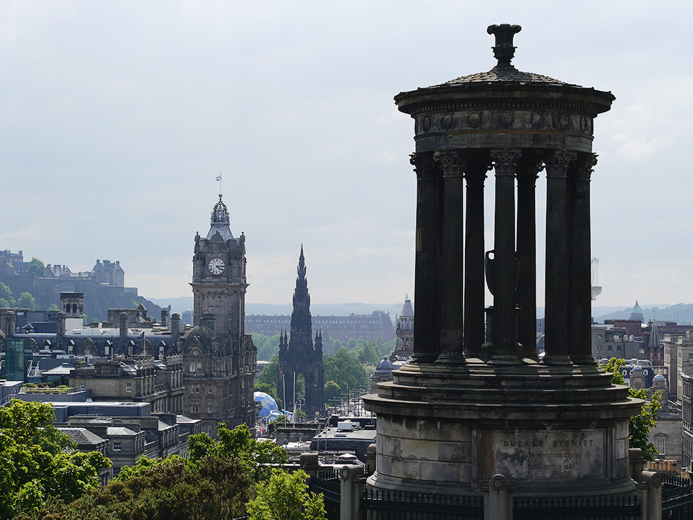 <p>Ditch that Winter jacket - here's the Airsorted guide to the top Edinburgh events this Spring!</p>